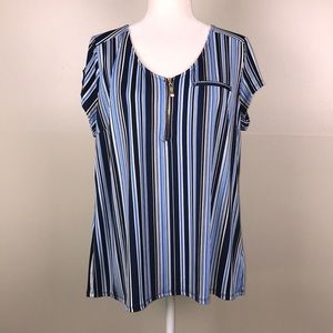 ROZ & ALI Striped Short Sleeve Zip Front Blouse